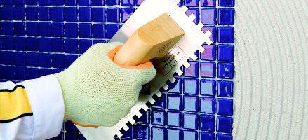 Garantizar la colocación e impermeabilización en piscinas