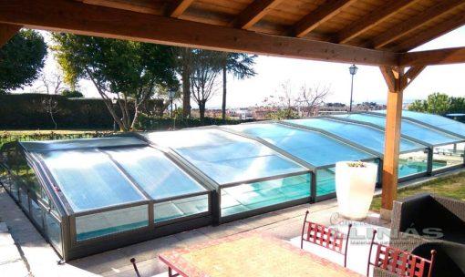 cubierta-piscina-modelo-baja-premiun-cerrada-en-piscina