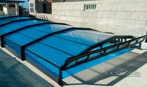 cubierta-piscina-modelo-baja-premiun-en-piscina-ventilacion
