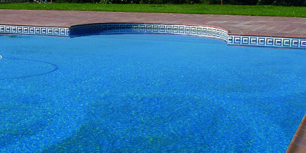 Weber col dur indicado para piscinas.