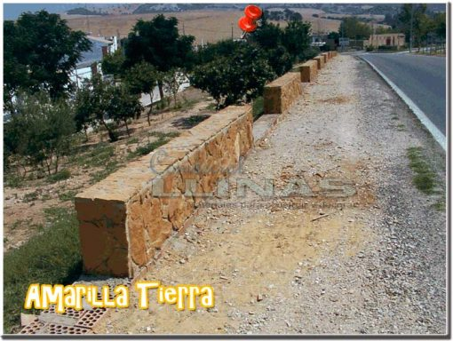 Piedra natural irregular Amarilla Tierra. Carretera